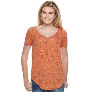 Mudd Camel floral short sleeve V-neck tee
